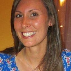 Dr Janine  Collins