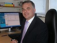 Professor Jonathan  Gillard
