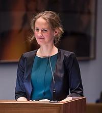 Dr Loes  Rutten-Jacobs