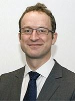 Dr Stephen  Hoole